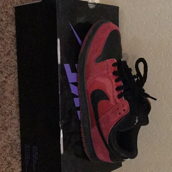 on sale 2b68e 64950 Nike dunk low pro SB Milli Vanilli edition